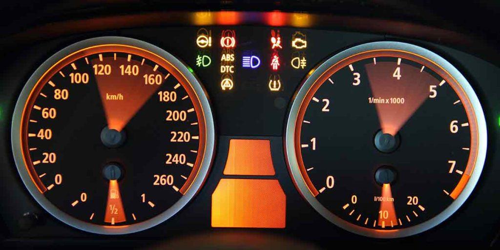 Kontrollleuchten und Warnleuchten - Tachometer Anzeige